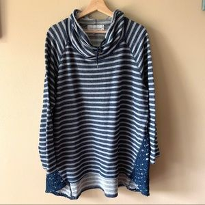 French Laundry cowl neck striped plus top 3X